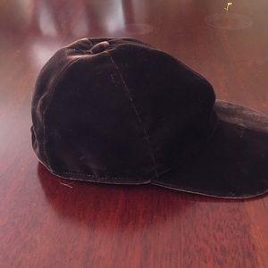 Prada brown velvet baseball-style cap. Size m